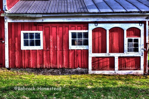 red grass barn side worcesterny