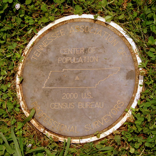 murfreesboro tn tennessee rutherfordcounty marker barfieldcrescentpark census centerofpopulation tennesseeassociationofprofessionalsurveyors bmok