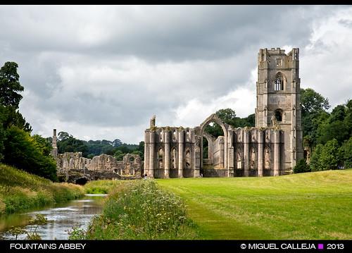 abbey yorkshire fountains cistercian cisterciense abadía
