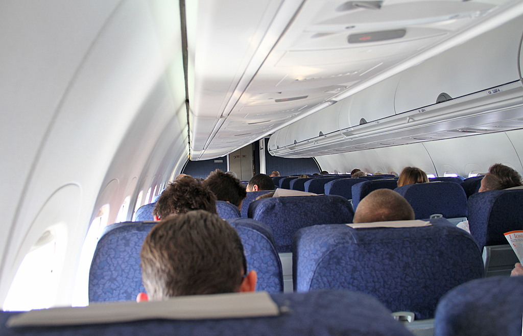 Qantaslink717-23S-VH-NXE-75