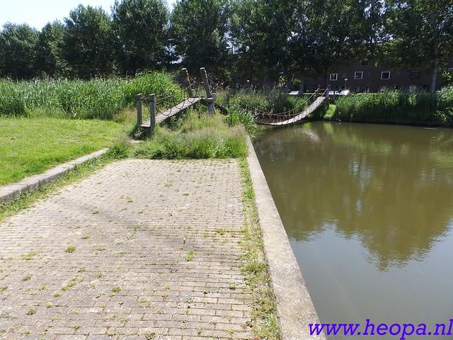 2016-06-09          Almeerdaagse         3e dag 25 Km   (46)