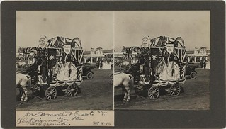 Parade of floats in Brisbane, 1915
