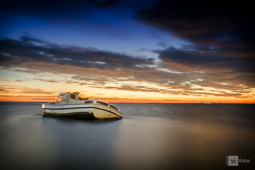 ocean park longexposure morning light beach water clouds dawn boat nikon ship tampabay florida sinking skyway d7100