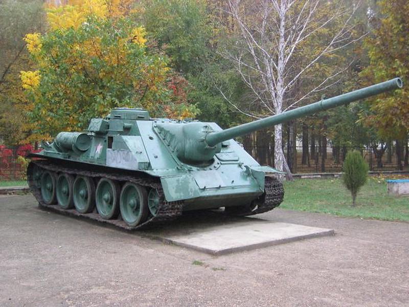 SU-100 Krasnodar (1)