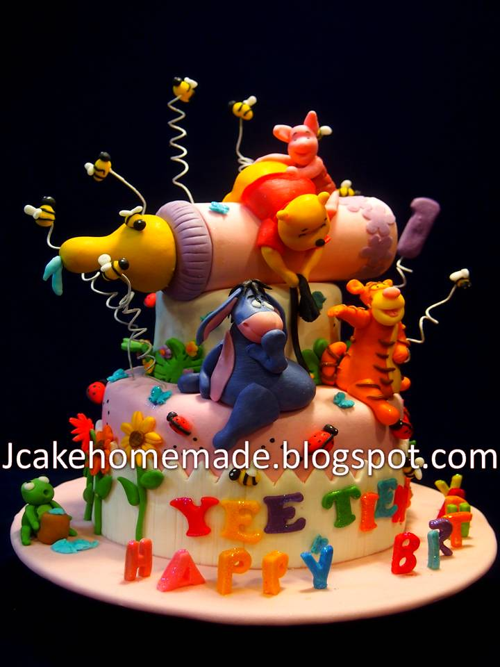 Enjoyable Winnie The Pooh Birthday Cake A Photo On Flickriver Birthday Cards Printable Trancafe Filternl