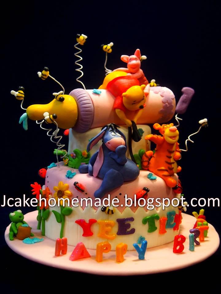 Super Winnie The Pooh Birthday Cake A Photo On Flickriver Funny Birthday Cards Online Necthendildamsfinfo