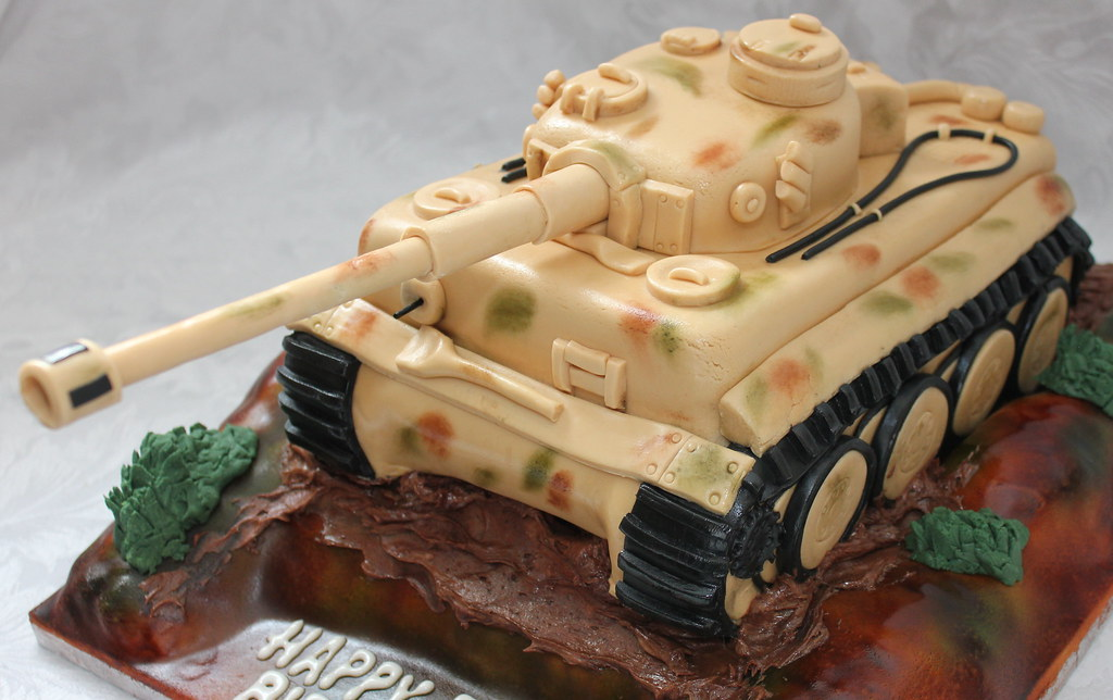 Superb Tiger Tank Birthday Cake Pauls Creative Cakes Flickr Birthday Cards Printable Riciscafe Filternl