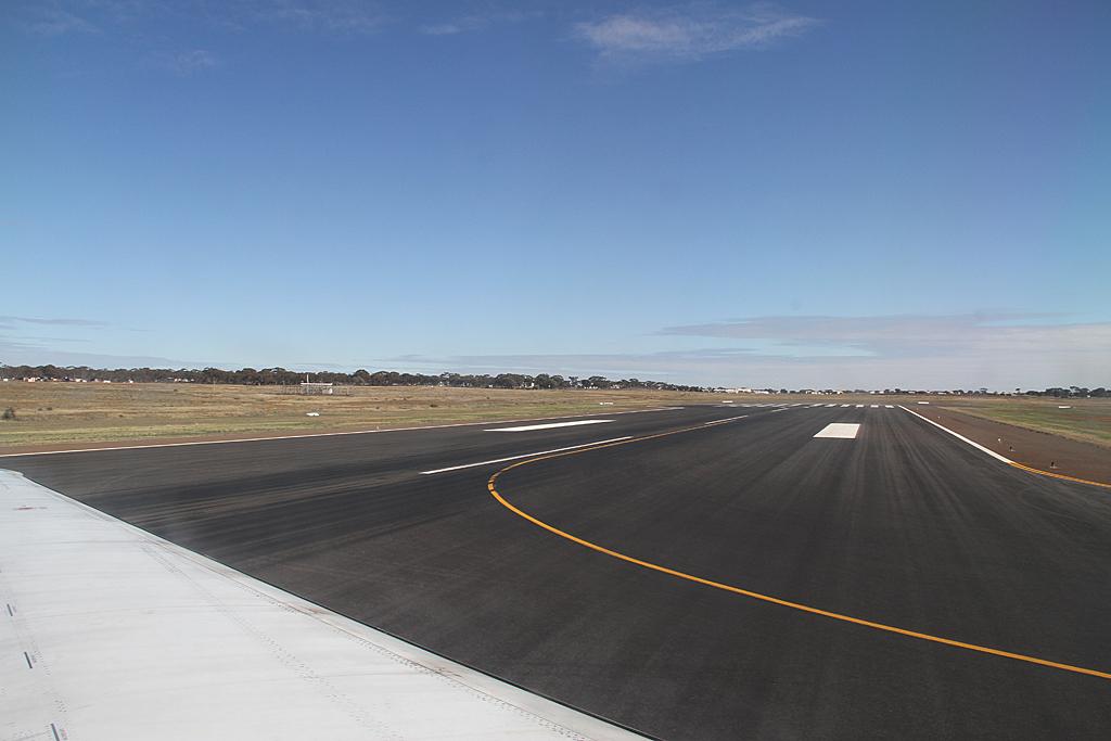 Qantaslink717-23S-VH-NXE-40