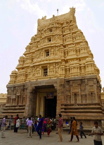 Ranganathaswamy Temple, Srirangapatna - Karnataka, India   by Akbar - Web Designer and Freelance Photographer