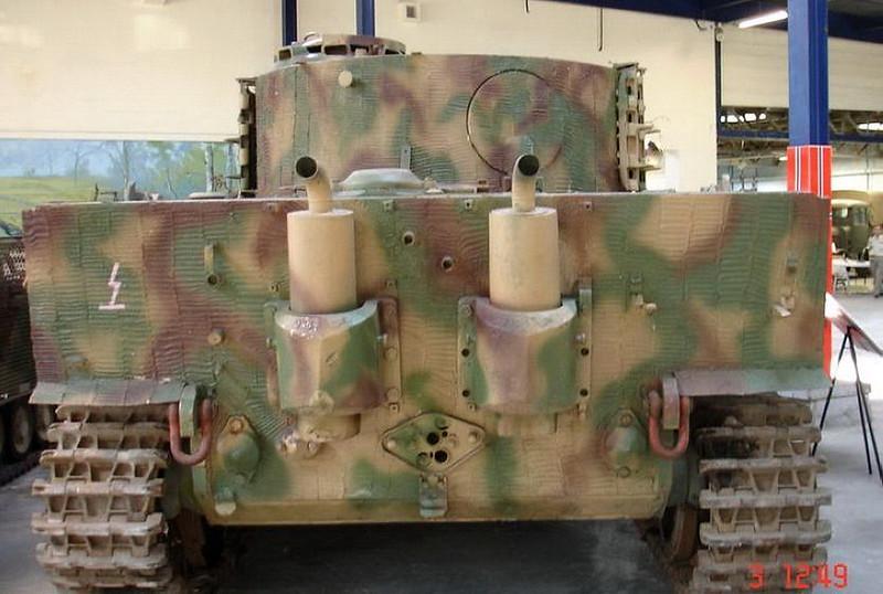 PzKpfw VIH Tiger (6)