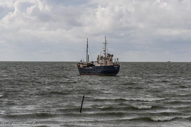 IJsselmeer bij Stavoren op maandag 12 mei 2014 (1)