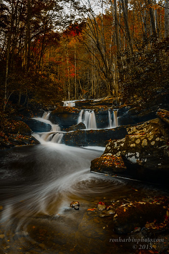 park autumn light usa mountains fall water leaves rocks tn low tripod great smooth national waterfalls smoky townsend silky tremont