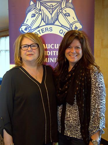 Female Teamsters Quebec Women's Caucus Members Posing / Membres du Caucus condition féminine Teamsters Québec