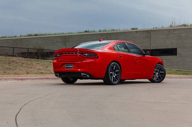 2015 Dodge Charger Cool Car Wallpapers  #2015DodgeCharger, #CoolCarWallpapers, #Dodge #Ford - http://carwallspaper.com/2015-dodge-charger-cool-car-wallpapers/