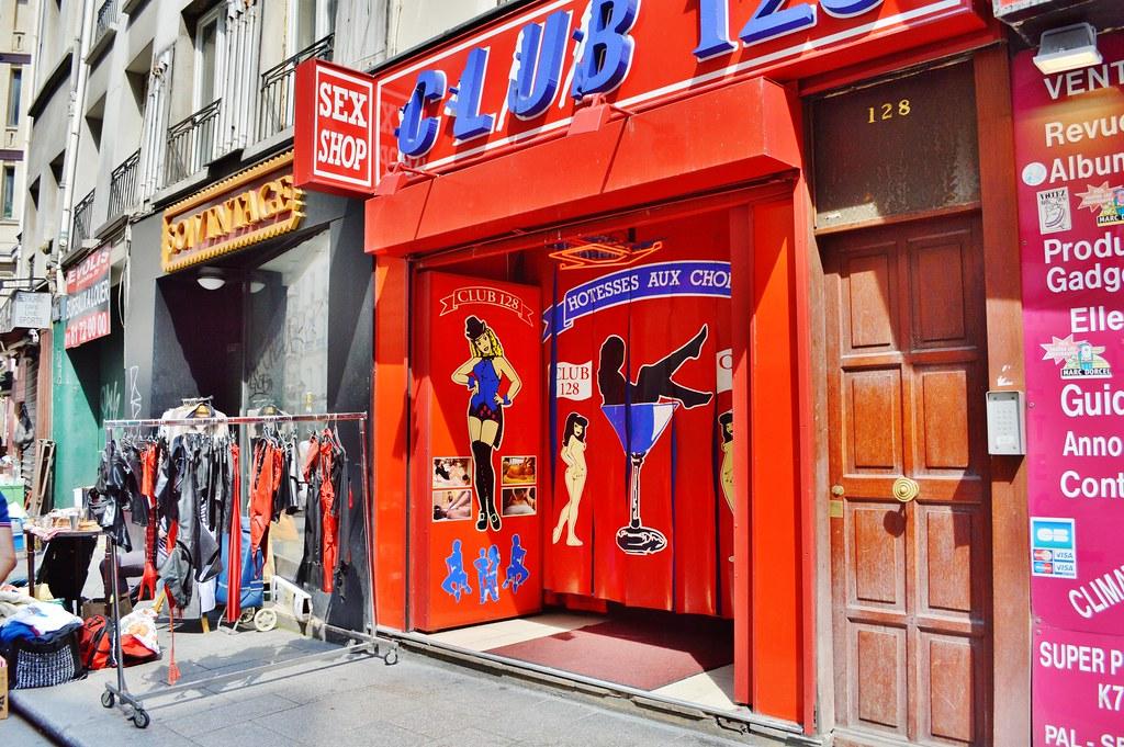 2013-06-08 Braderie de vêtements cuir - sex-shop 128 rue S ...