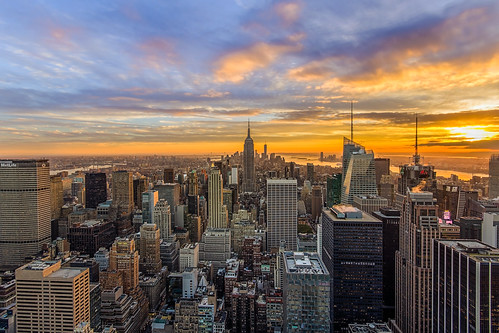 nyc newyorkcity sunset newyork skyline night clouds buildings downtown cityscape cloudy manhattan rockefellercenter midtown empirestatebuilding gothamist hdr topoftherock observationdeck