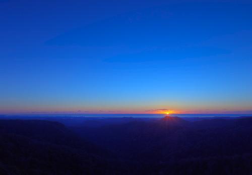 morning blue sky orange sunrise early nationalpark qld queensland goldcoast springbrook goldcoasthinterland hinterland springbrooknationalpark