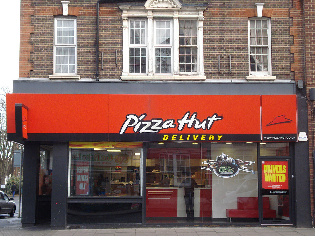 Pizza Hut Delivery Norbury London Sw16 On London Road