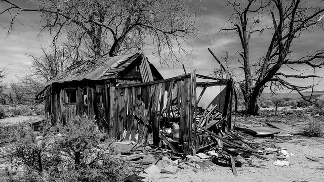 Ruined house, Oasis, CA