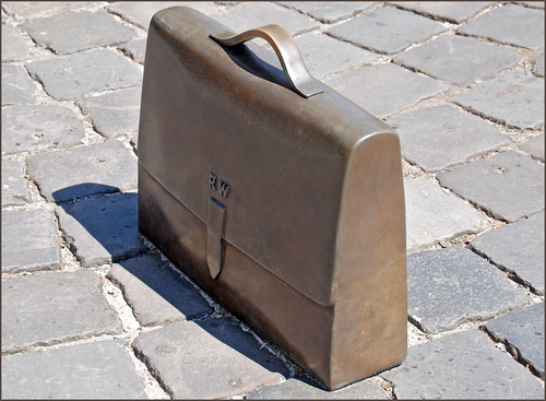 'R.W. Briefcase' -- The Raoul Wallenberg Monument New York (NY) April 2016 | by Ron Cogswell