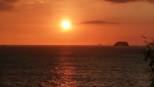 uploaded:by=instagram anilao sunset philippines batangas sombrero island sun south luzon filipinas pilipinas puesta sol isla sea coast mar costa atardecer sur