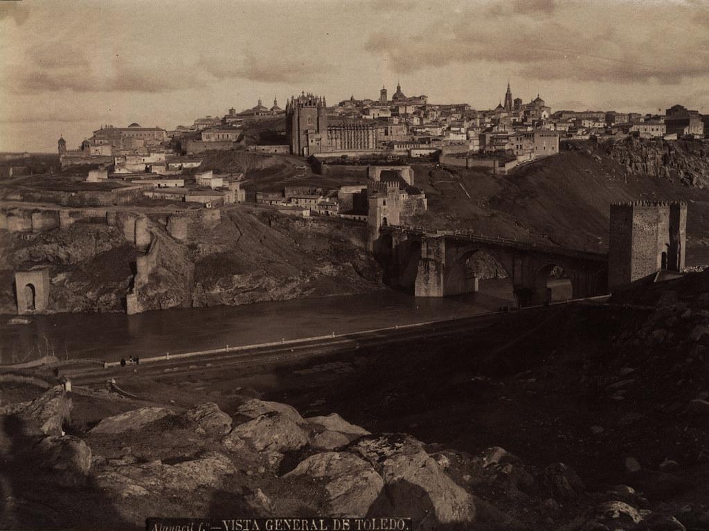 Vista (con autorretrato en forma de sombra) de Toledo desde el oeste por Casiano Alguacil hacia 1885
