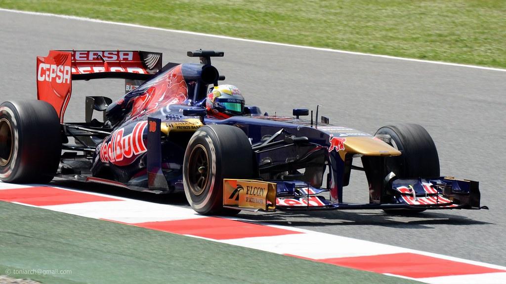 #18 Vergne . Toro Rosso STR8 . 2013 GP F1 Spain. FP2.  DSC_5279e