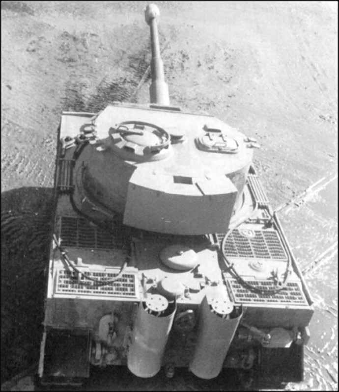 Pz.Kpfw.Tiger Ausf.E completed by Henschel