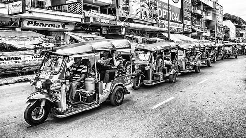 Taxi : Night Bazaar Chiang Mai Thailand.   by Panupong Roopyai