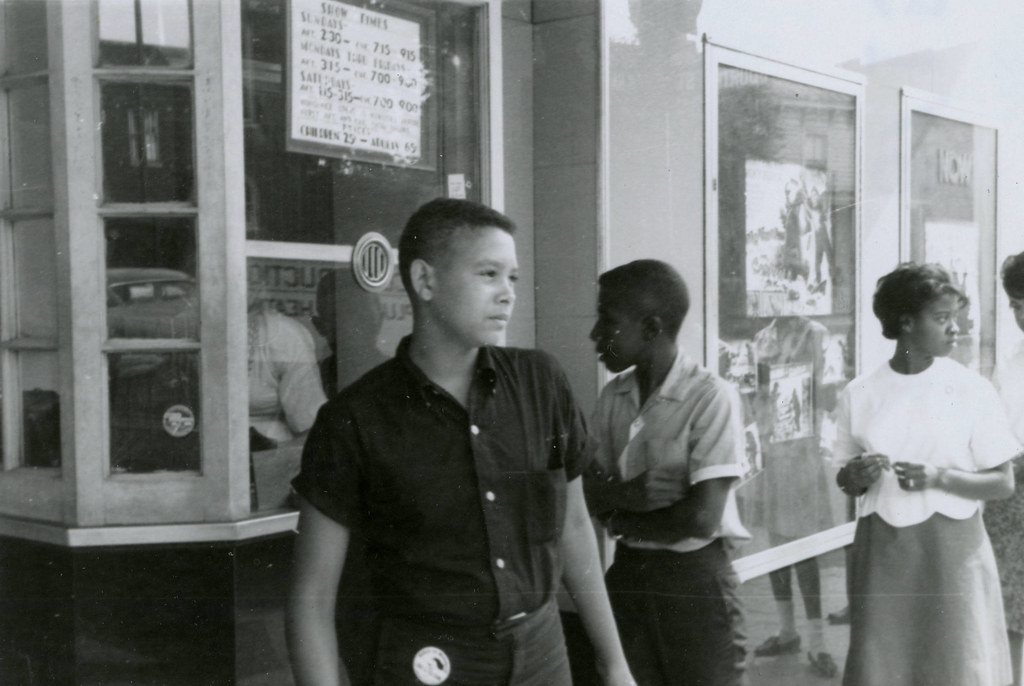 Student protesters outside State Theater, Farmville, Va., August 1963