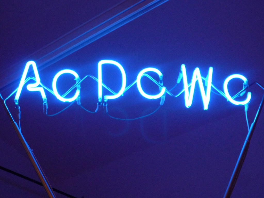 AcDcWc-Cabin