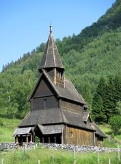 우르네스 통널 교회