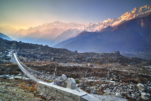 bridge sunrise dawn hanging langtang