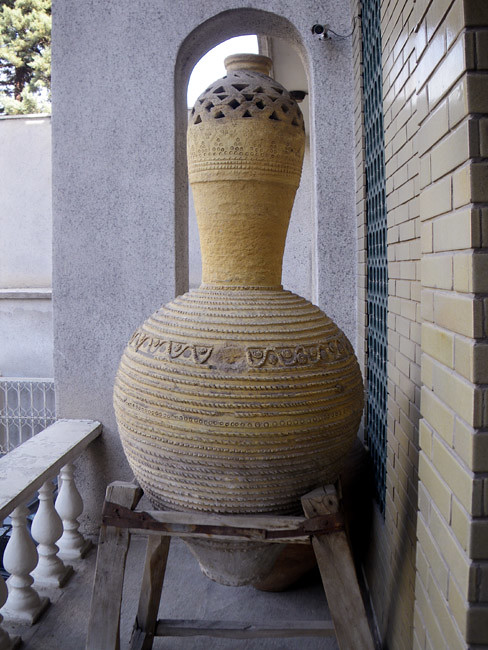 Traditional Clay Pot Water Cooler | In the old days, people … | Flickr