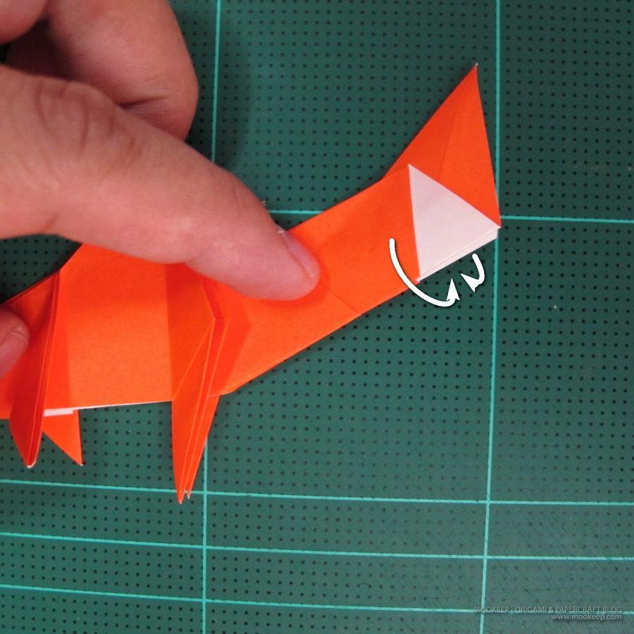วิธีการพับกระดาษเป็นรูปไดโนเสาร์ (Origami Dinosaur) 018