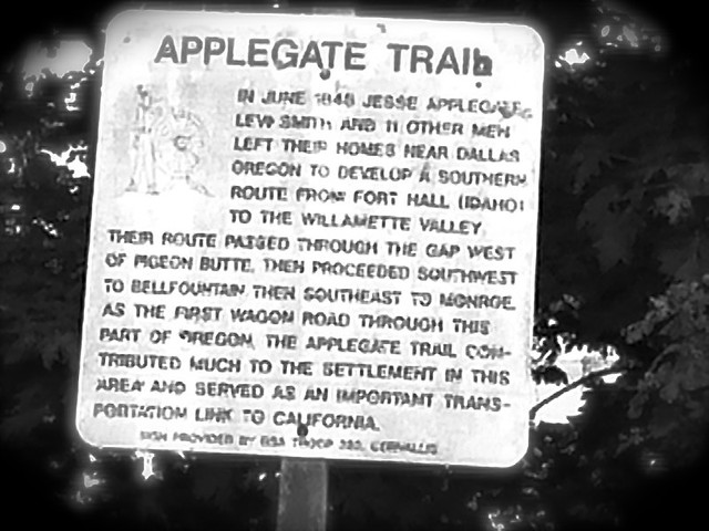 Applegate Trail Sign