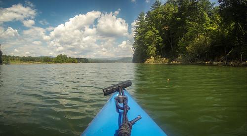 southcarolina kayaking paddling pickenscounty lakekeowee littleestatoecreek estatoecreek