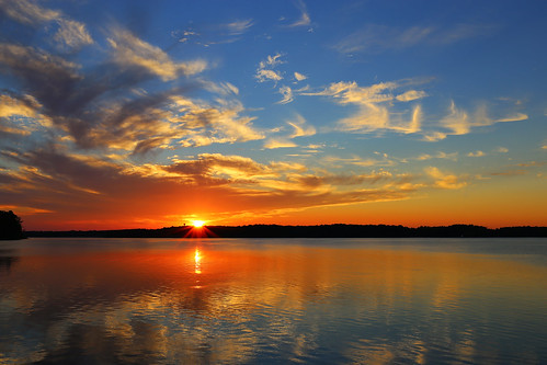 sunset ohio cloud sun lake reflection water day dusk waynesville caesarcreek pwpartlycloudy