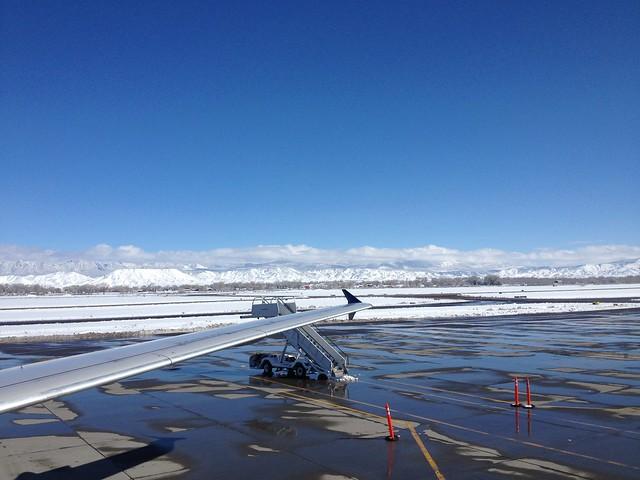 土, 2014-02-01 12:45 - Montrose Airport