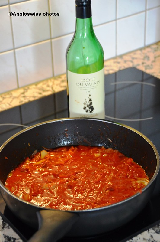Cooking chorizo, onion, tomato with red wine 1