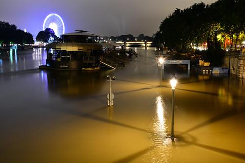 Crue de la Seine 2016 - Paris, berges rives gauche | by EclairagePublic.eu