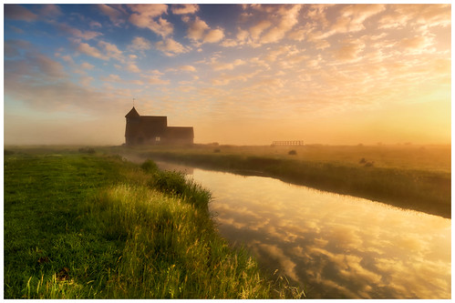 sky church water zeiss sunrise landscape kent goldenhour romneymarsh 2016 landscapephotography fairfieldchurch zeissdistagon zeissdistagon18mm zeissdistagont3518ze stthomasabeckettatfairfield zeissdistagon3518mm