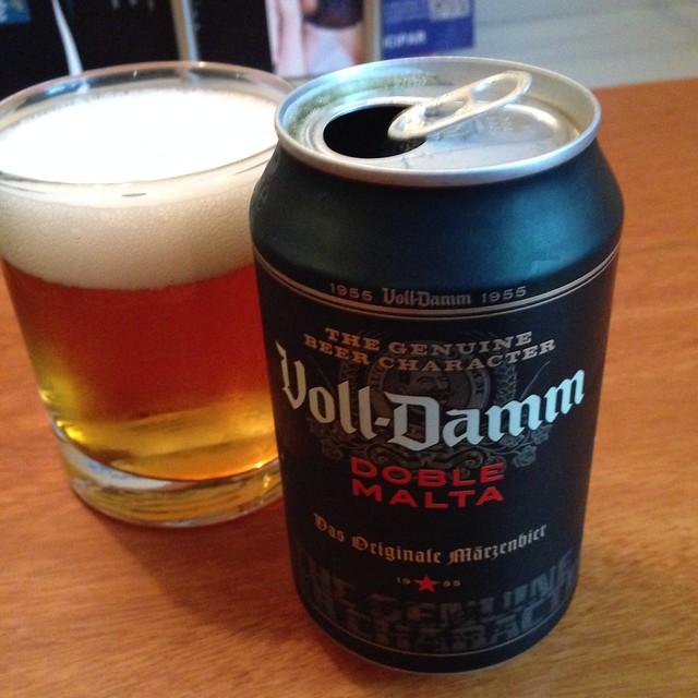 Voll-Damm Doble Malta @ Supermercat Mini