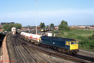 47281 Arpley Junction   by terry.eyres