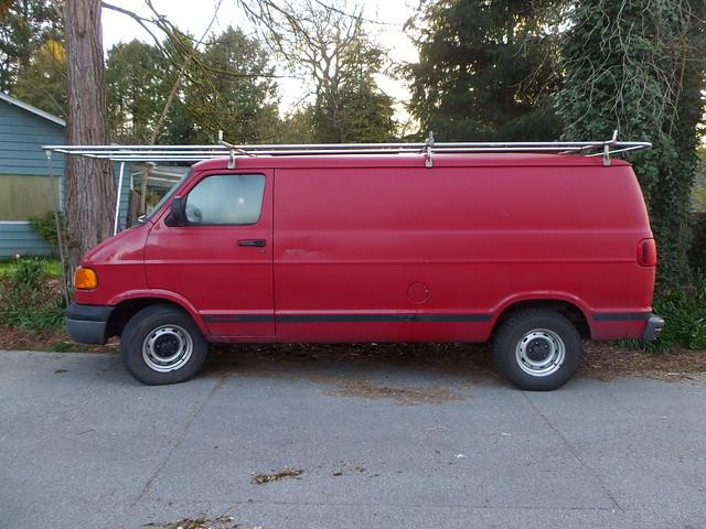 1999 Dodge Ram Van B1500
