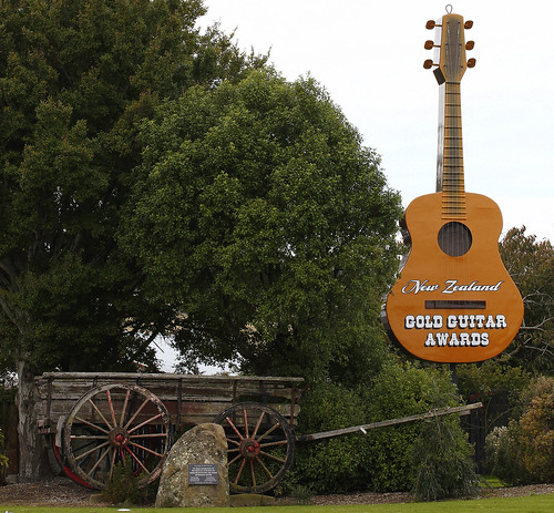 Guitar at Gore Country Music Club | by rustyalishere