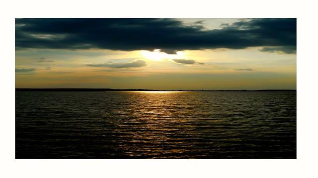 Moment/Sunset