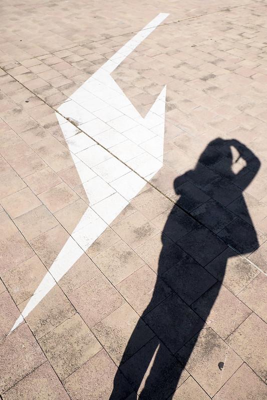 Solo hay una dirección: en la sombra