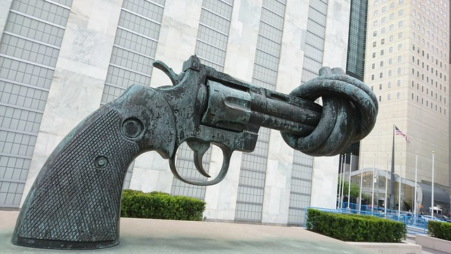 United Nations New York Non-Violence The Knotted Gun pro peace sculpture