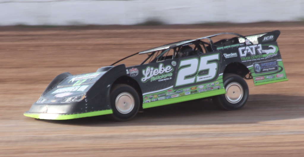 5 20 16 Oshkosh Speedzone / Lucas Oil Dirt Late Model Seri